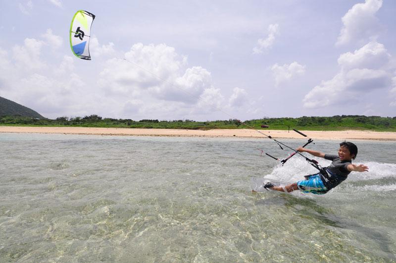 Let`s Kitesurfing