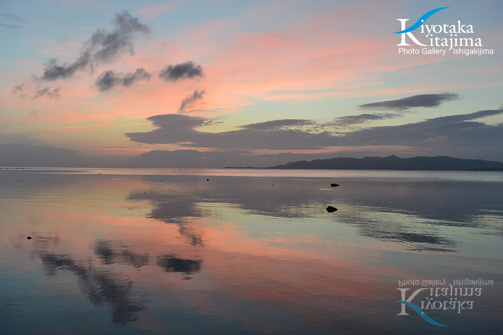 海 写真 やさしい夕焼け