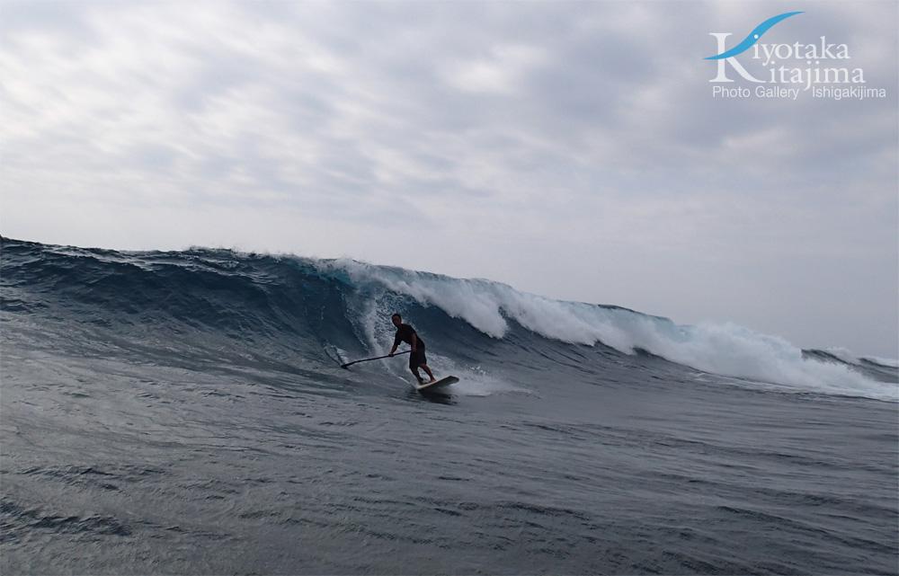 海 写真 台風波