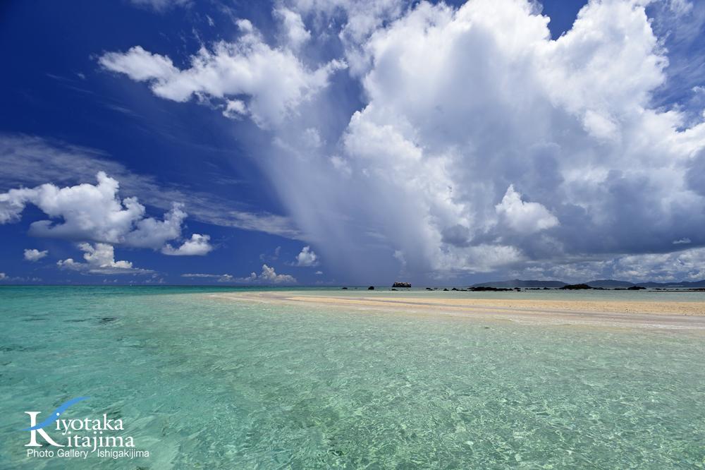 海 写真 雨