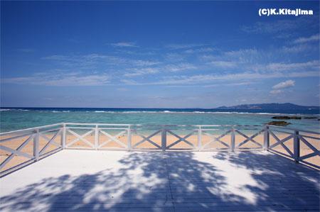 沖縄本島:ビーチ&テラス