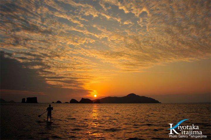 座間味島:サンセットSUP